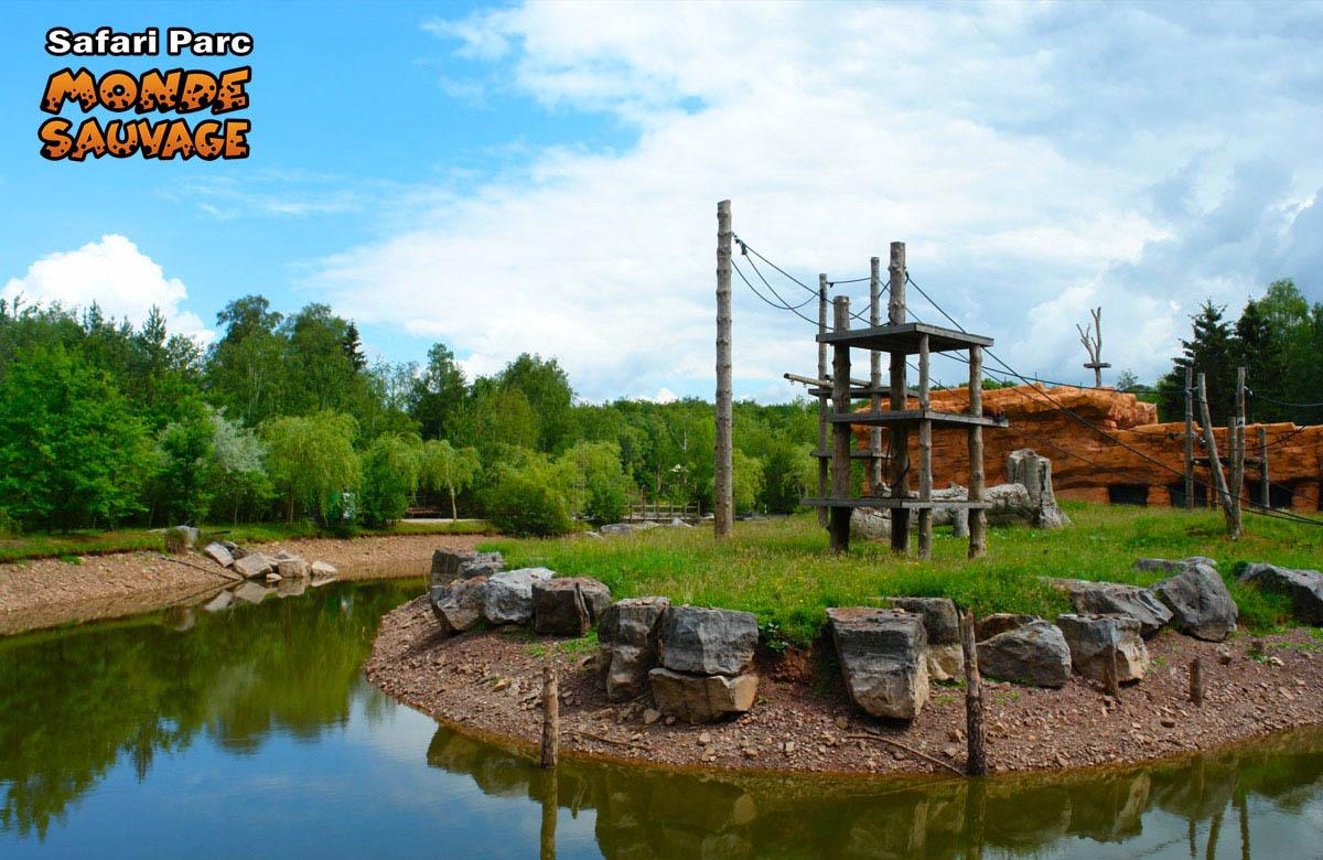 monde sauvage safari parc aywaille parc animalier zoo le parc le aux singes. Black Bedroom Furniture Sets. Home Design Ideas