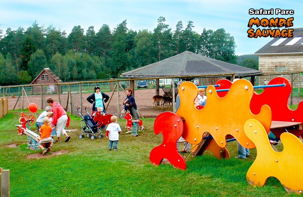 monde sauvage safari parc aywaille parc animalier zoo le parc la plaine de jeux. Black Bedroom Furniture Sets. Home Design Ideas