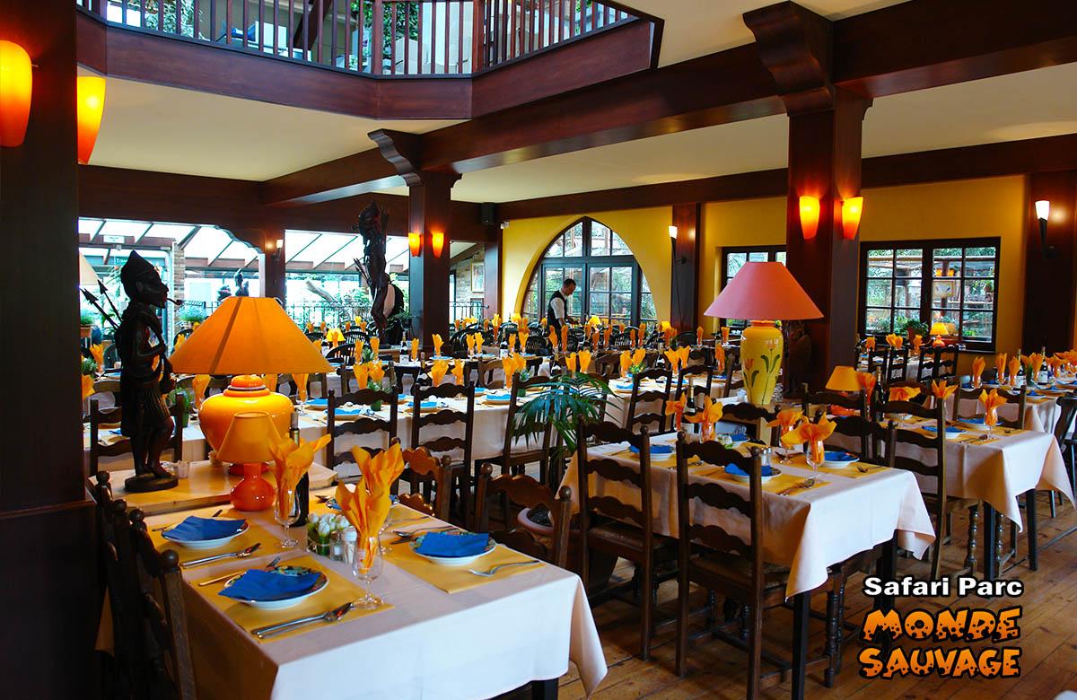 Monde sauvage safaripark aywaille de dieren het park restaurant en zelf - Le monde sauvage meubles ...